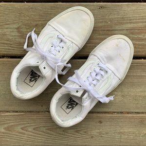 Reposh white Vans